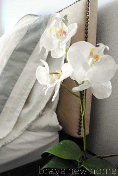 master_bedroom_orchids