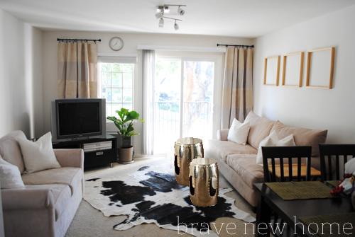 living_room_makeover_mirror_nickel_barrel_stool