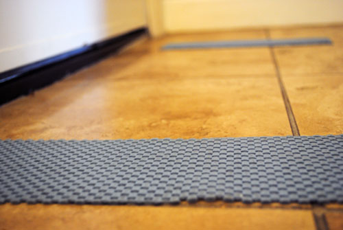 rubber draw liners as rug mats